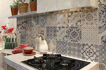FeaturedImage1AMB-Tangier-Antique-Decor-White-Gloss-tiles-4251403704934